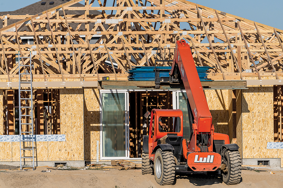 Residential construction near Ridgeline Drive and South Sherman Street in Kennewick. (Photo by Scott Butner Photography)